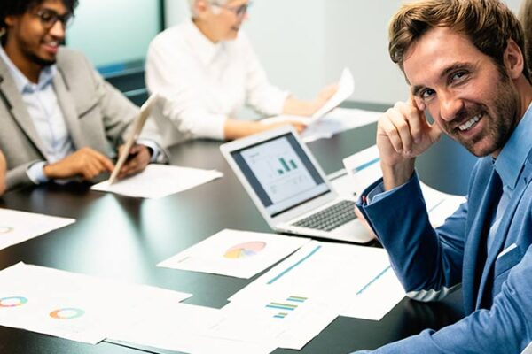 financial advisory reports